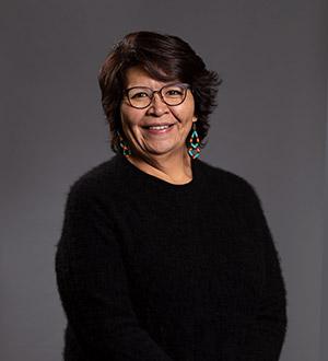 Cynthia E Grant